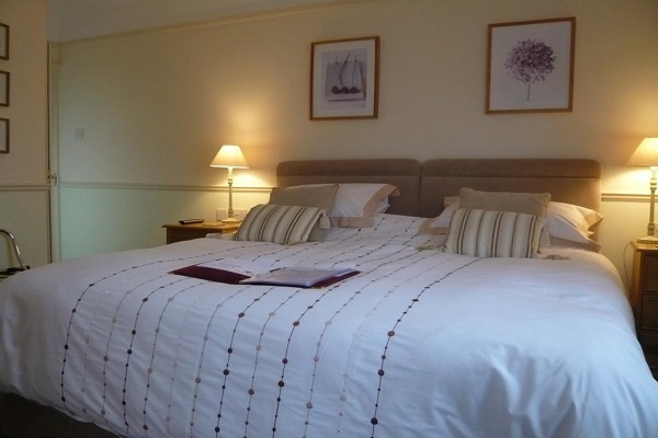 Guest Houses and Bed & Breakfast in Ipswich